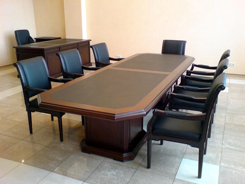 large-stol-dlya-peregovorov-ministry-641-8109041